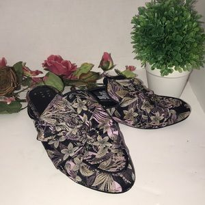 Shoes - Women's Slip-on Flat Shoes size 6.5 New No Tag